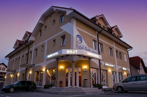 Klik hier om meer foto's van Hotel Bajt - Garni te bekijken