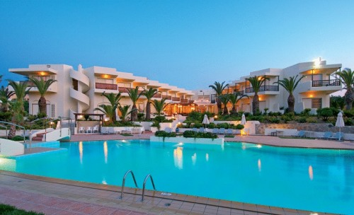 Klik hier om meer foto's van Santa Marina Beach Hotel te bekijken