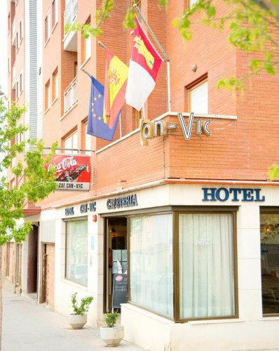 Klik hier om meer foto's van Hotel Can-Vic te bekijken