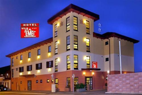 Klik hier om meer foto's van Hotel Vila Emei te bekijken