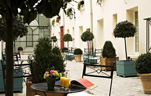 Klik hier om meer foto's van Hotel Suites Unic Renoir Saint-Germain te bekijken