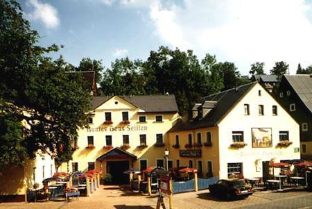 Klik hier om meer foto's van Hotel Erbgericht Buntes Haus te bekijken
