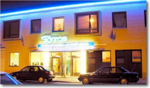 Klik hier om meer foto's van Tyros Hotel und Gästehaus am Weidendamm te bekijken